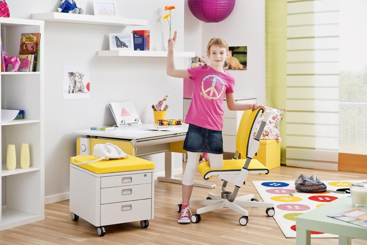 Scrivanie ergonomiche padova sedie per bambini padova for Sedie per studiare