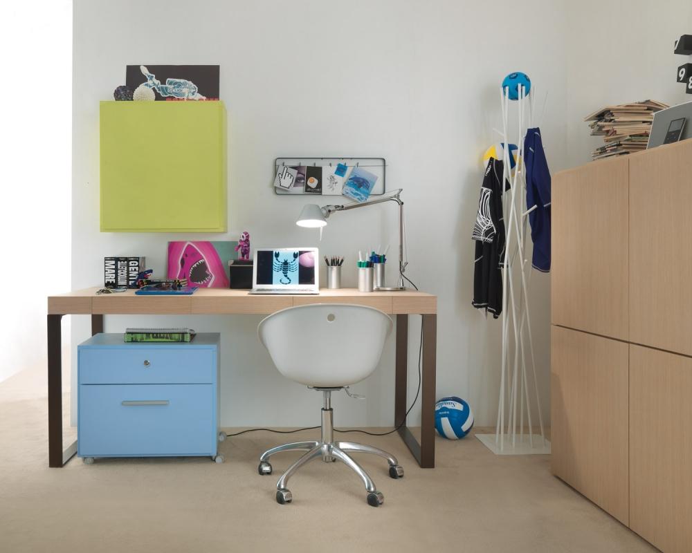 Scrivanie per ragazze badroom scrivanie per camerette - Scrivanie bambini design ...